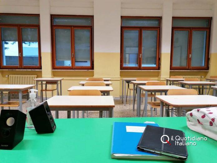 Il goberno valuta la riapertura delle scuole