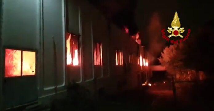 Incendio a Monza